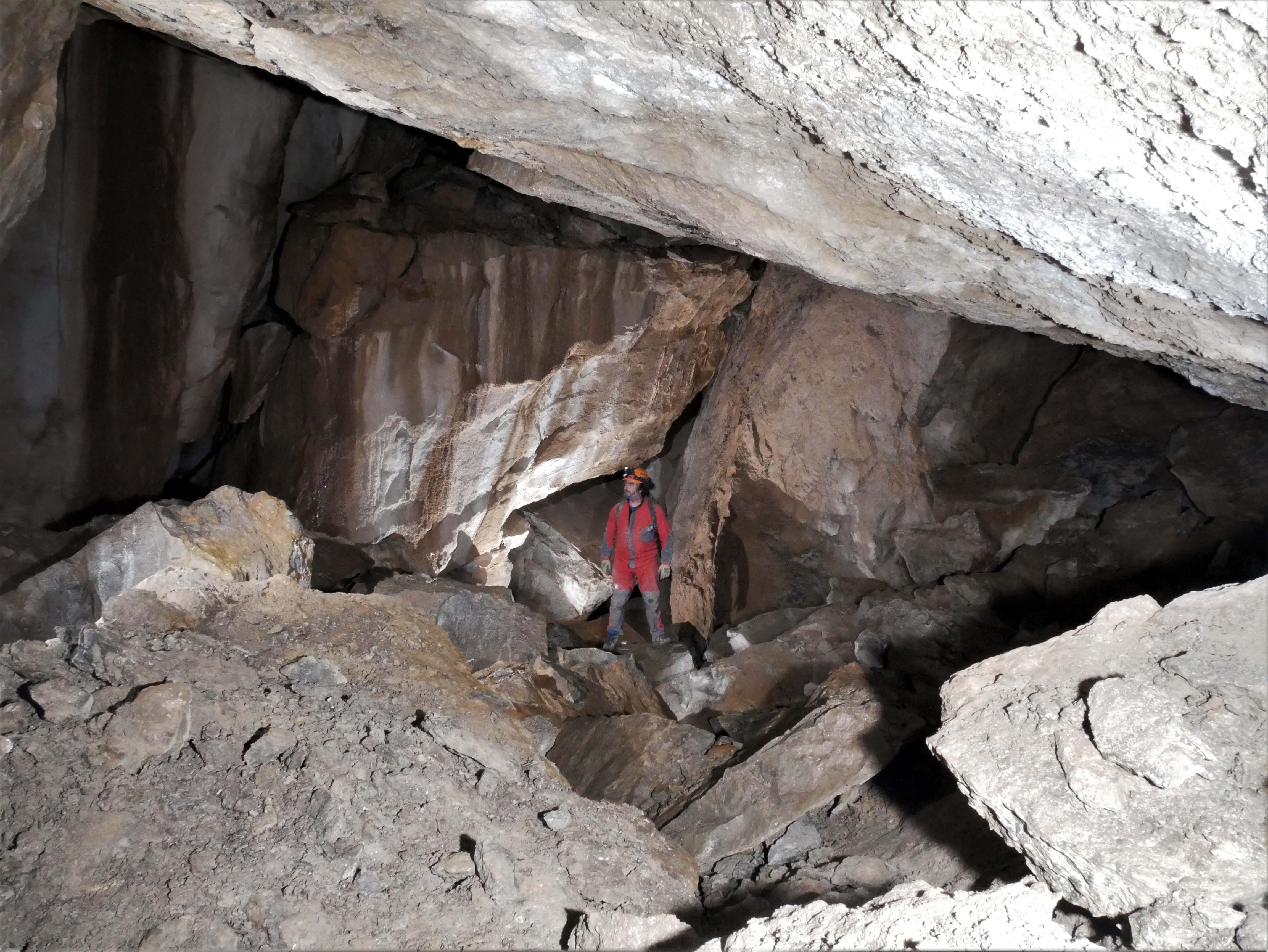 Galería de la Cueva Crespas I. Archivo GEEdelweiss